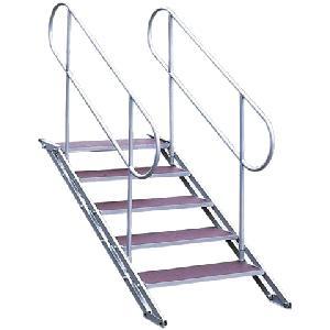 Escaliers pour praticable variable
